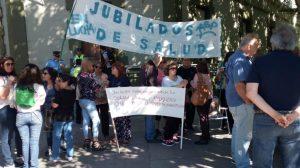 Salud Pública: Reclamaron en Casa de Gobierno contra la baja en las jubilaciones