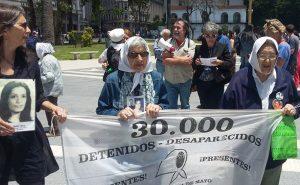 Marcha de la resistencia: Exigen la reapertura de la causa por Santiago Maldonado