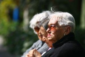 Las personas mayores pierden más ante la inflación