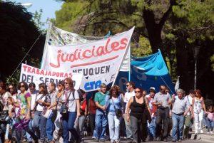 Neuquén: Judiciales reclaman un 30% de aumento salarial