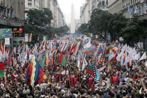 Lefxaru Nahuel: «Hay más de 15 idiomas originarios en la Argentina»