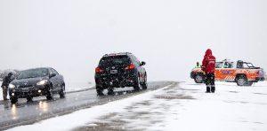 Hay rutas cortadas en Neuquén por la intensa nevada