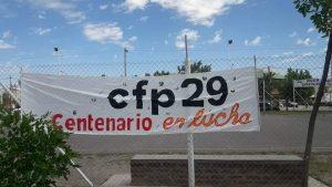 Centenario: Estudiantes amenazan con tomar de nuevo el CFP 29