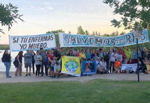 Remada contra la contaminación de los ríos de Neuquén y Río Negro
