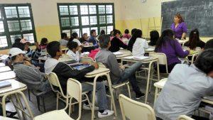 Proponen modificar el horario de ingreso para estudiantes secundarios