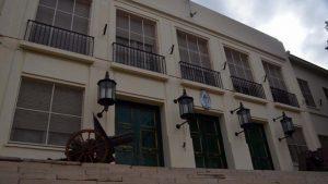 Natalia Hormazabal se opone a declarar como «patrimonio histórico» al edificio del Comando del Ejército