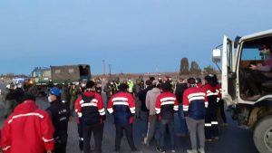 Mineros de Andacollo sostienen el corte en la ruta 22