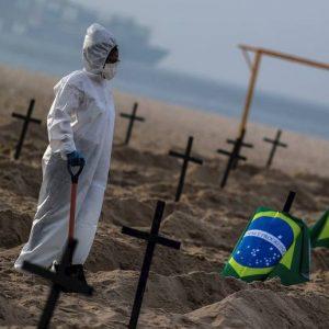 Coronavirus en Latinoamérica: «En Bolivia hay personas que fallecieron tratando de llegar a los hospitales»