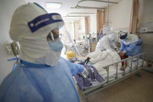 Enfermeros y enfermeras exigen mejoras laborales