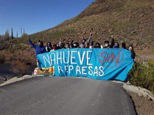 Represión en la manifestación en contra de represa en Villa Nahueve