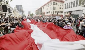 Perú: «Amanecimos sin Presidente»