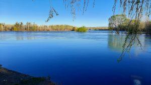 El agua de los balearios de la ciudad de Neuquén «están aptos» para la recreación