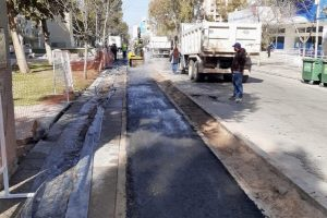 Piden información sobre la obra de la bicisenda en la Avenida Argentina