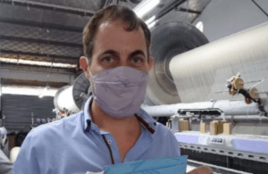 Cooperativas textiles ya empezaron a fabricar los «Superbarbijos» del Conicet