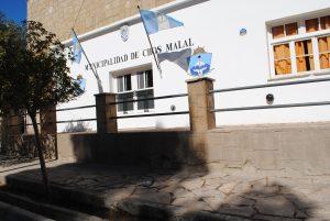 Chos Malal: Monotributistas tomaron el municipio