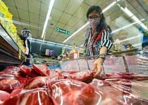 Los supermercados de origen extranjero aplicaron mayores aumentos en la carne
