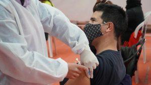 Médica advierte que la juventud no se vacuna porque no se entera de las convocatorias