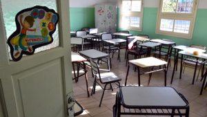 Centenario: Movilización en reclamo por los problemas edilicios en las escuelas